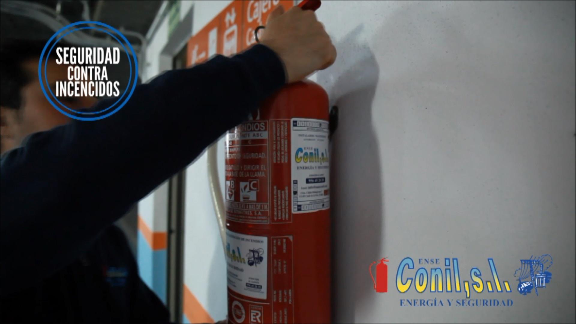 ENSE Conil su empresa de equipos contra incendios