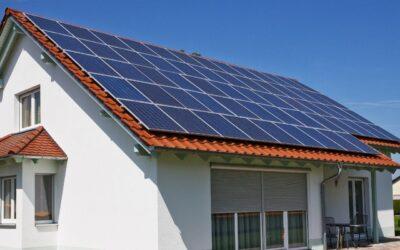 Paneles solares, ahorra gastos familiares
