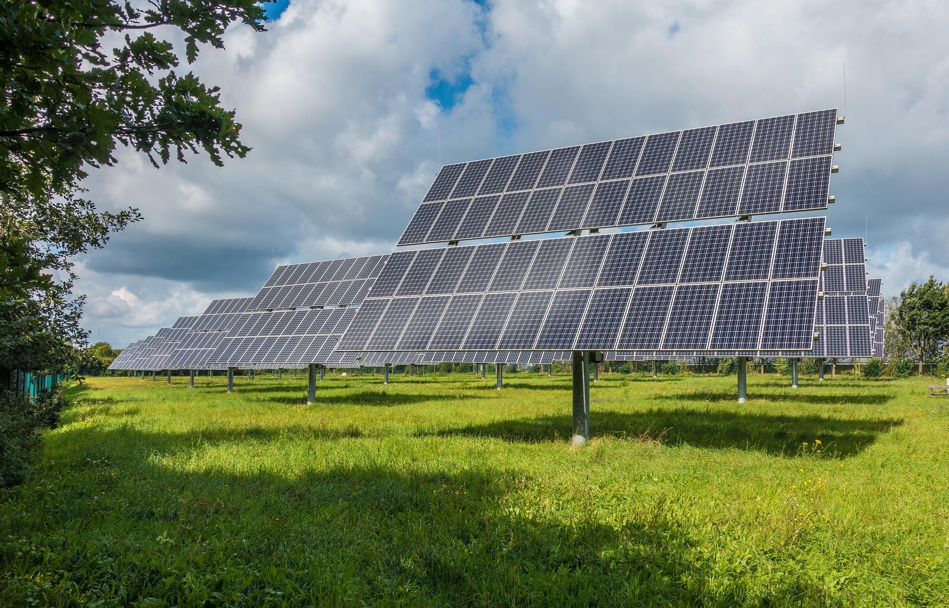 Representación en el CNMC de las Instalaciones de Energías Renovables, solar fotovoltaica, régimen especial
