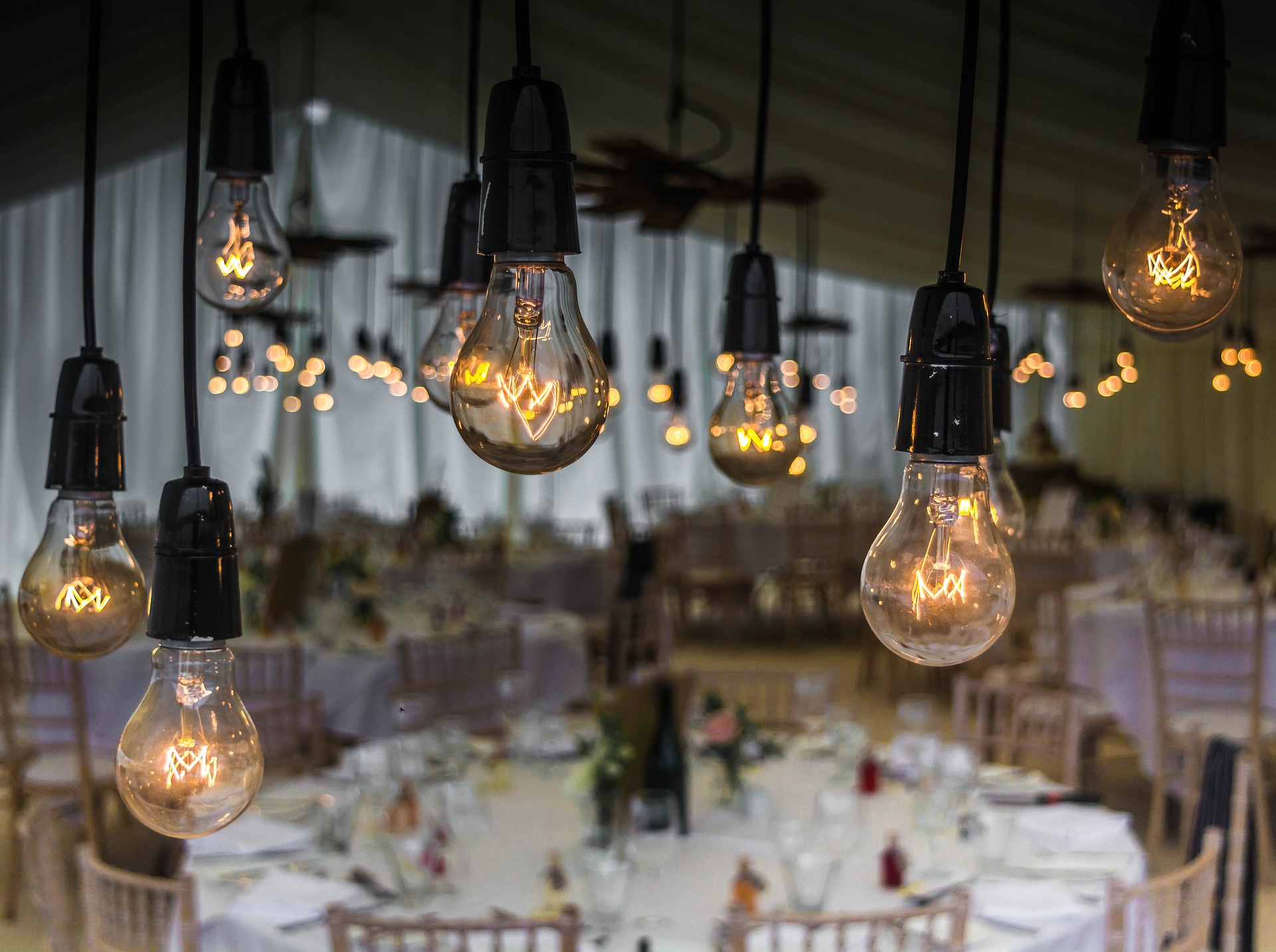 Alquiler y venta de guirnaldas de bombillas LED